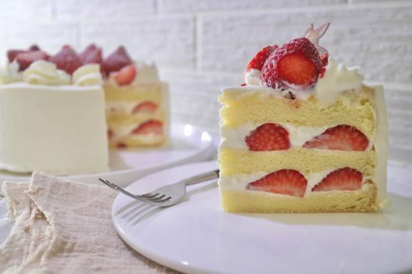 大湖草莓鮮奶油蛋糕  新鮮草莓蛋糕,奶油先生