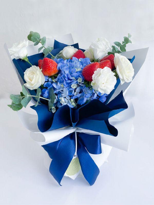 【宅配免運】L'Amour法式花園人魚藍草莓花束 草莓花束,情人節花束,法式花園
