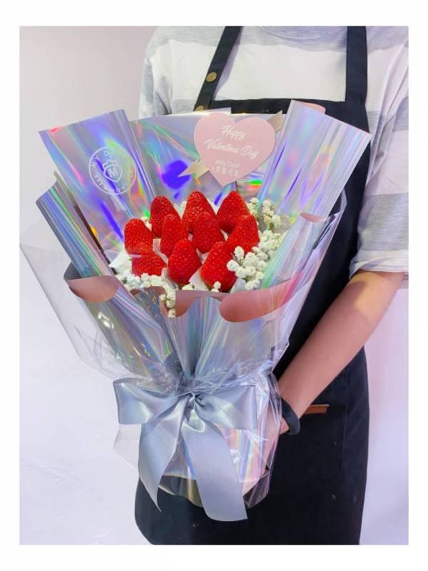 炫彩太空UNICORN草莓花束 草莓花束,白色情人節,情人節