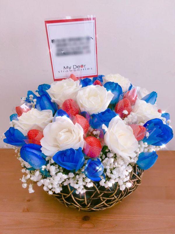 藍白玫草莓盆花禮