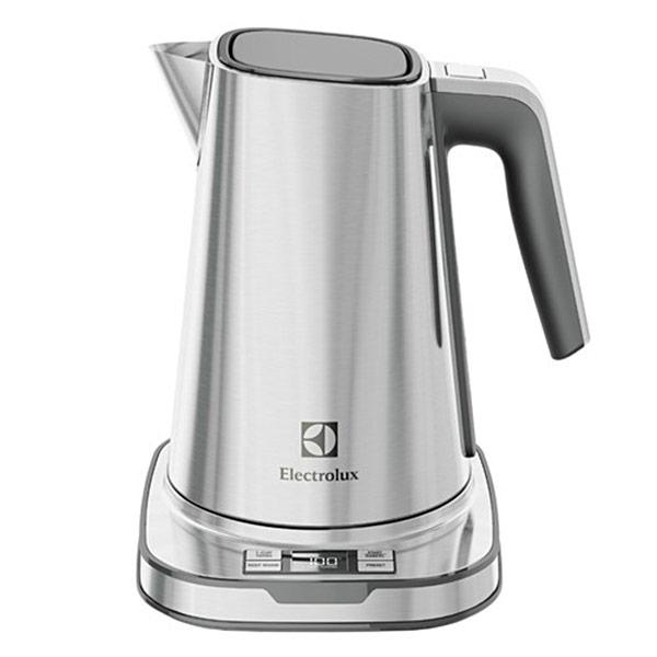 【Electrolux 伊萊克斯】 設計家系列智能電茶壺EEK7804S
