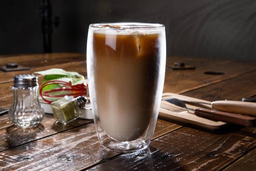 冰拿鐵咖啡
