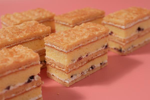 拿破崙派 拿破崙派,千層酥,千層酥蛋糕,拿破崙蛋糕,楓糖拿破崙派,法蘭司烘焙,好吃,台北