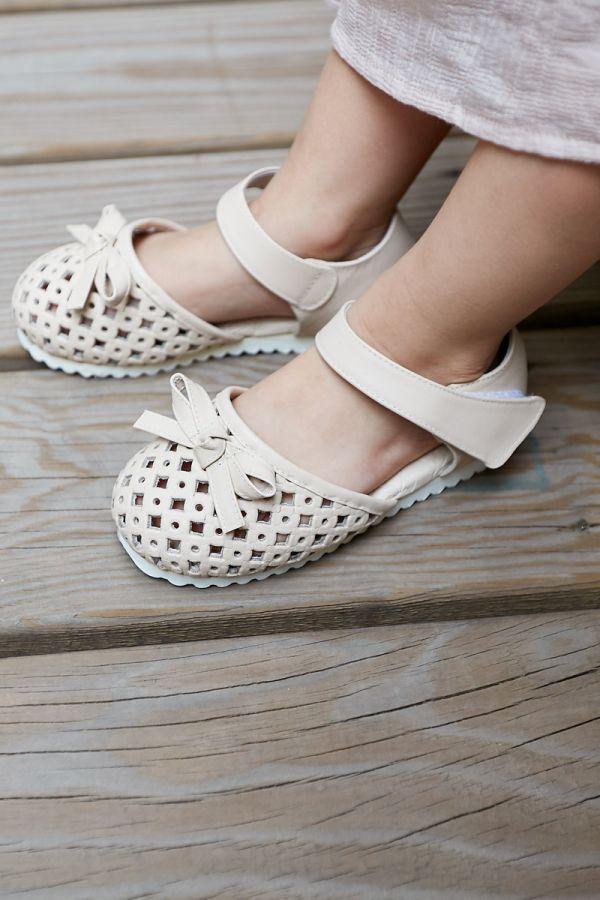 現貨 透氣摟空包趾真皮親子涼鞋-米白色 女童涼鞋,親子涼鞋