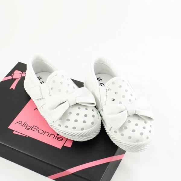 現貨 台灣製親子鞋 涼快洞洞魔鬼氈兒童休閒鞋-白色 台灣製親子鞋,兒童休閒鞋