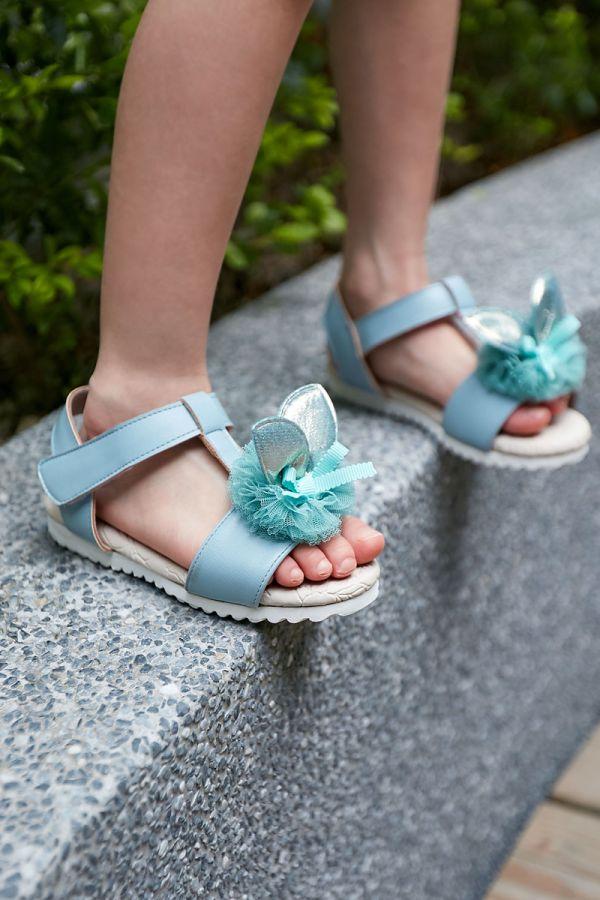 現貨 台灣製兔兔跳進花叢兒童涼鞋-藍色 女童真皮涼鞋,台灣製童鞋,台灣製涼鞋,女童涼鞋,真皮涼鞋