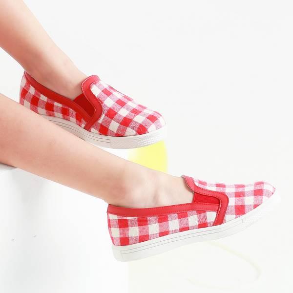 現貨不用等 格紋布兒童休閒鞋親子鞋-紅色