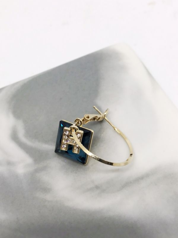 方形藍色水鑽耳環