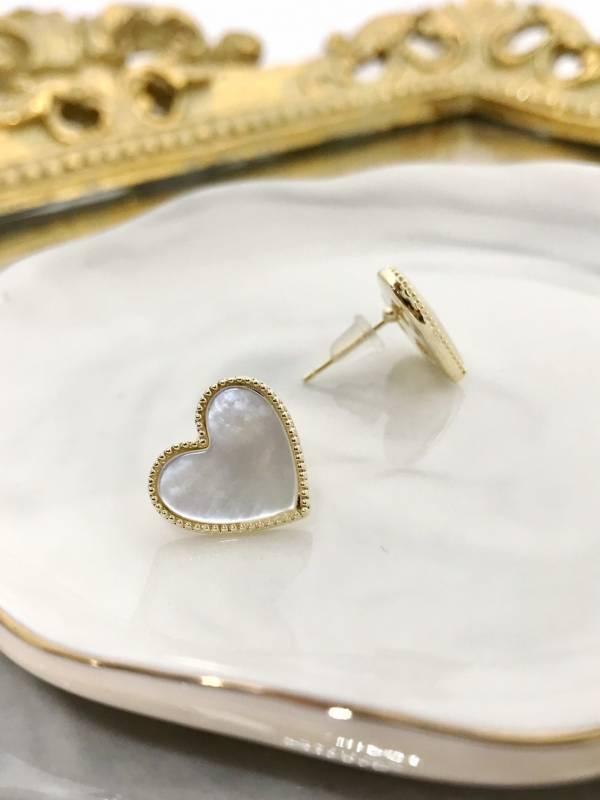 玉石愛心耳環