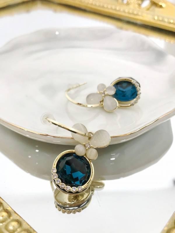 水藍蝴蝶耳環