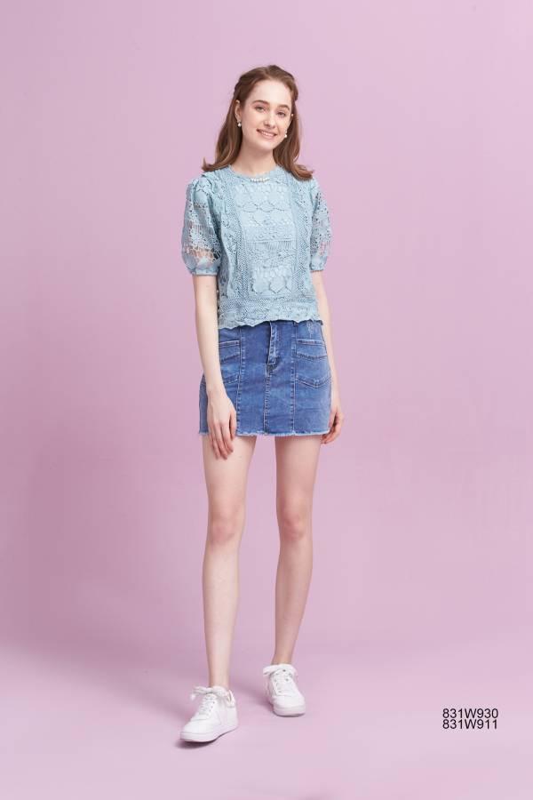繡花蕾絲鑽飾短袖上衣