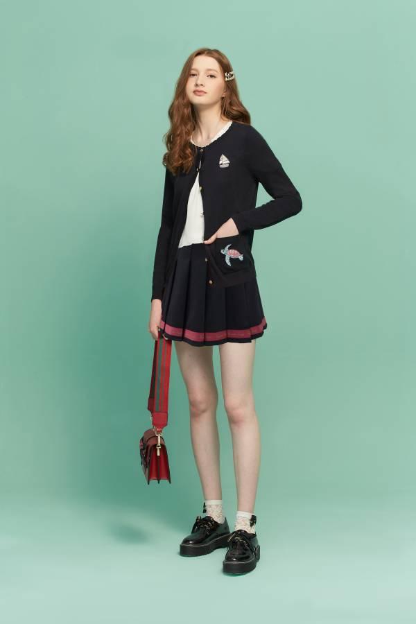 甜美海龜繡花針織外套 針織外套,繡花外套