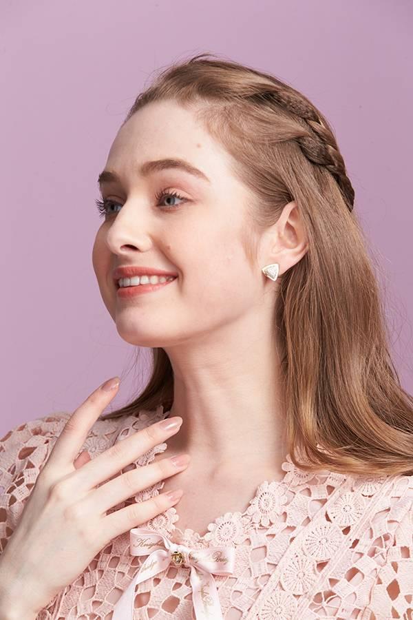 晶鑽三角耳環