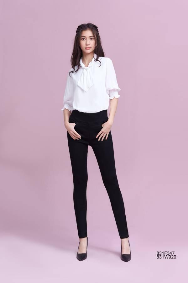 黑色高彈窄腳褲