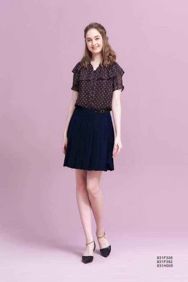 俏麗壓褶短裙