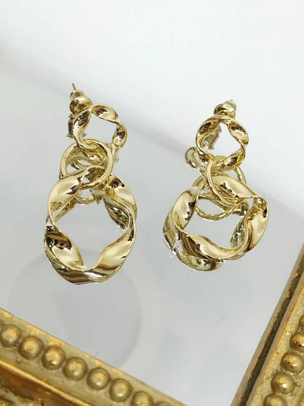 時尚金屬圈耳環