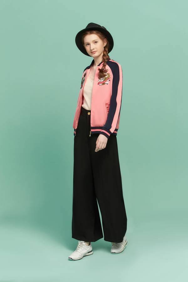玫瑰骷顱繡花夾克外套 外套,夾克外套,粉色外套,骷顱外套,玫瑰骷顱夾克,繡花外套,玫瑰骷顱,骷顱