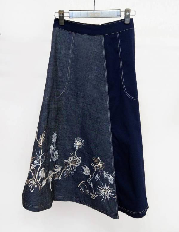 異素材拼接繡花牛仔裙
