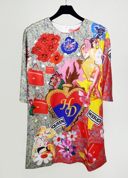 大型印花洋裝