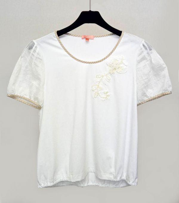 異素材繡花T恤
