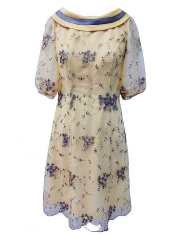 配色翻領繡花洋裝