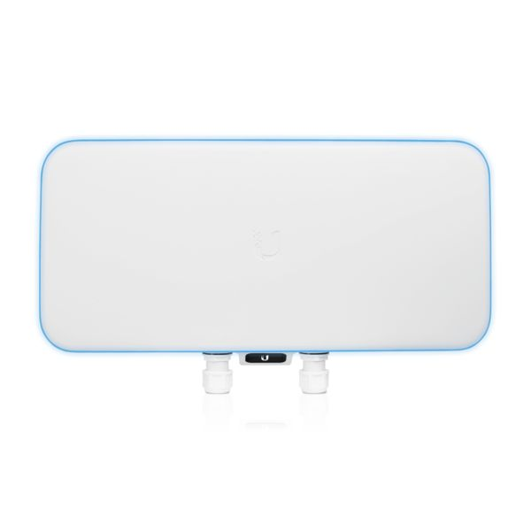 UniFi WiFi BaseStation XG (UniFi史上最強大AP可支援1500連線數)