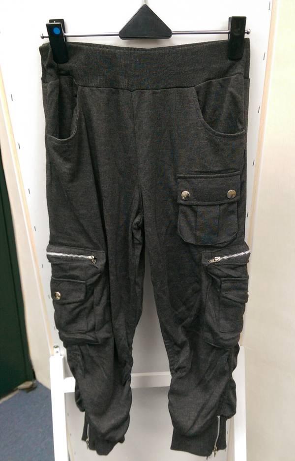 現貨-日本綿質鬆緊帶抓摺七分褲(灰黑色/M) 日本代購,現貨,上衣