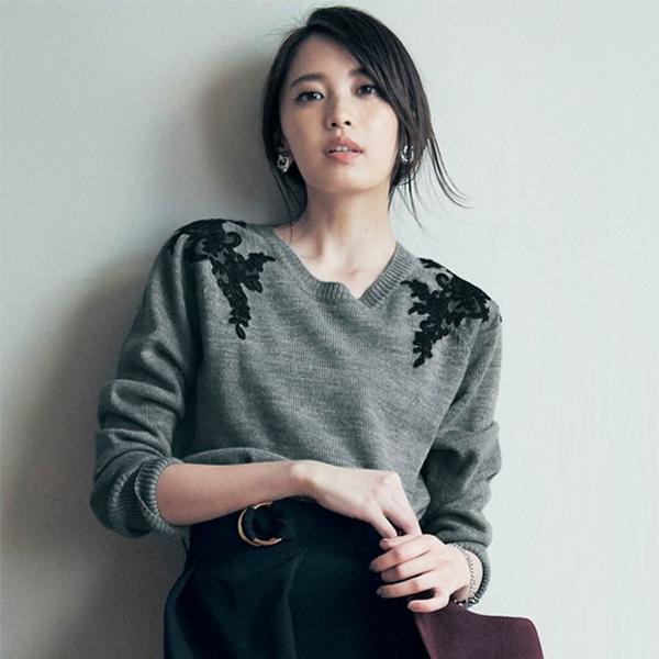 日本代購-特價復古華麗蕾絲拼接羅紋圓領針織毛衣M-LL(售價已折) 日本空運,東區時尚,針織,毛衣