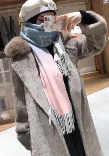 超值代購-法國LOUIS VUITTON羊絨雙色漸層(2面可用)長圍巾(售價已折) 法國LOUIS VUITTON,圍巾
