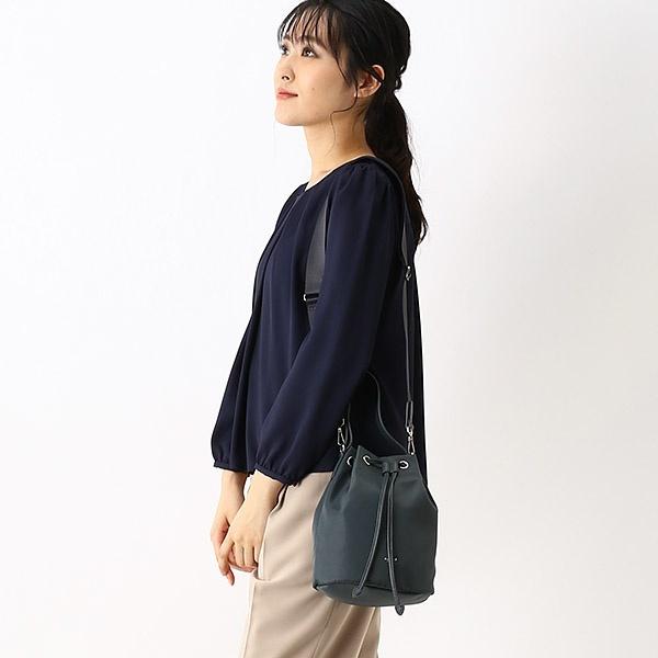 日本限定agnes b 防潑水尼龍配羊皮提把2way金屬 logo束口水桶包 agnes b.,水桶包