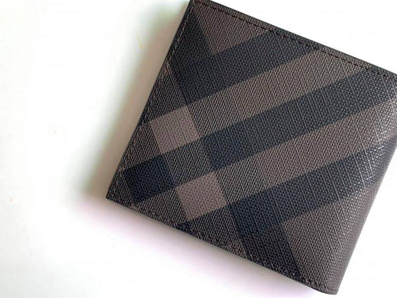 日本代購-特價BURBERRY煙燻格紋皮革短夾卡夾(售價已折) 日本代購,BURBERRY,短夾
