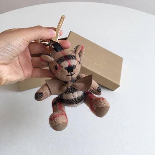 BURBERRY萌萌的經典小熊吊飾 日本代購,BURBERRY,吊飾