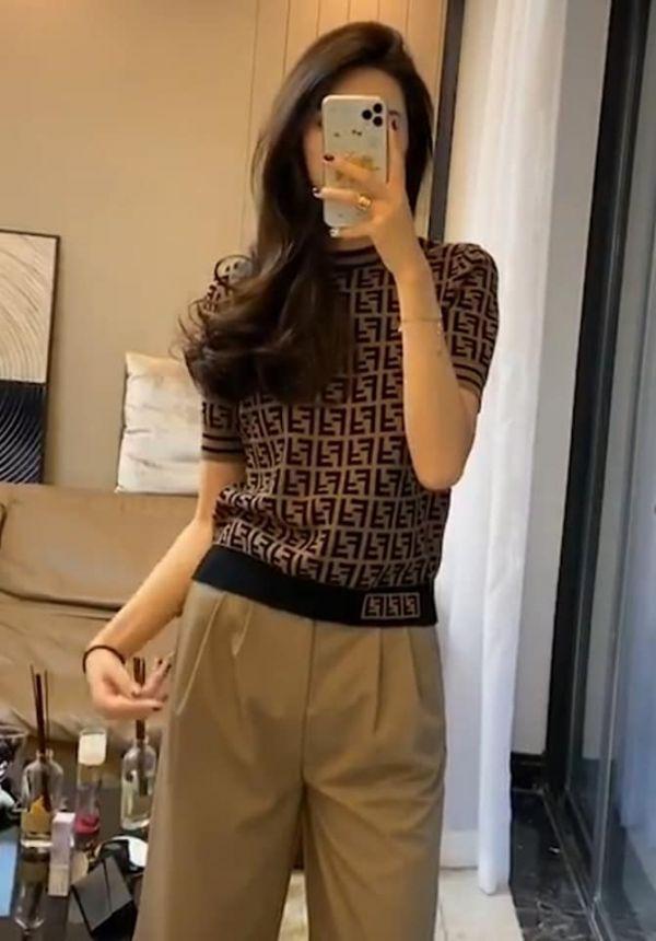 超值代購特價FENDI FF Motif Knitted Top針織上衣(售價已折) FENDI,上衣