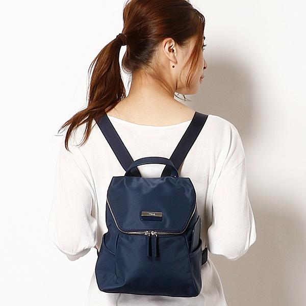 日本代購-特價agnes b.皮革提把雙色LOGO中性款後背包(小)(售價已折) agnes b.,東區時尚,後背包