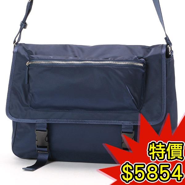 日本代購-agnes b.VOYAGE 立體外袋設計微光澤尼龍斜背郵差包(共二色) agnes b.,東區時尚,郵差包