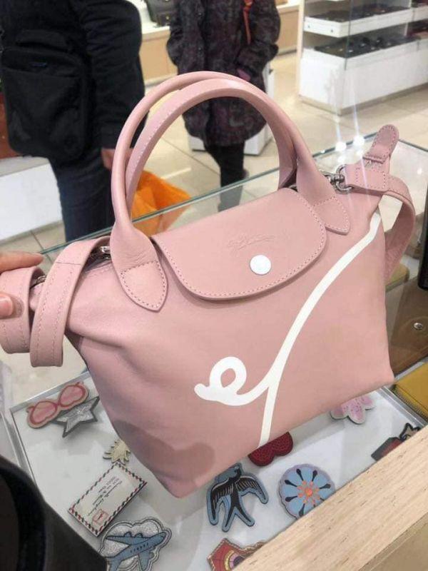 日本代購-特價Longchamp超級限量豬年包粉紅(售價已折) 日本代購,Longchamp,限量,年包