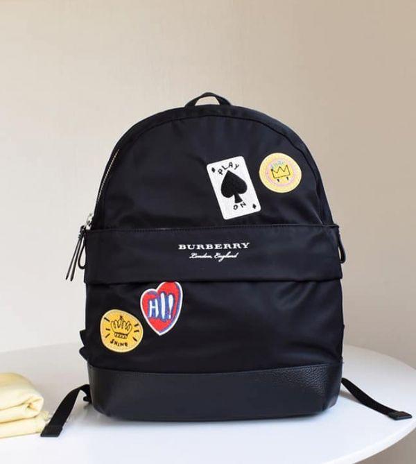 現貨特價BURBERRY撲克圖案後背包(售價已折) 日本代購,BURBERRY,後背包