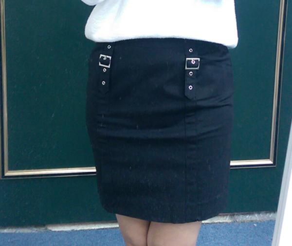 現貨-日本CIELO 仿皮帶釦飾直筒裙-黑色/S 日本代購,現貨,上衣