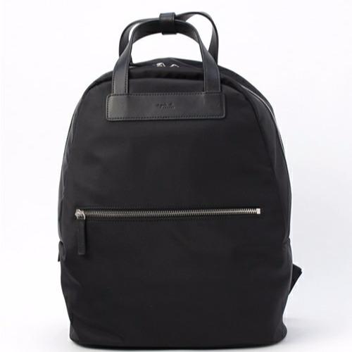 agnes b. 男女通用尼龍大後背包(售價已折) agnes b.,日本空運,東區時尚