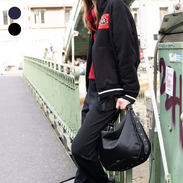 日本代購-agnes b. 孔眼裝飾尼龍肩背包 agnes b.,東區時尚,肩背包