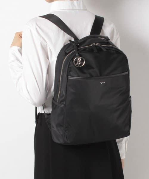 日本agnes b 簡約 b logo吊飾防潑尼龍後背包 agnes b.,後背包