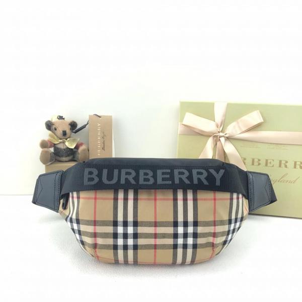 超值代購~BURBERRY 經典格紋腰包/胸包(男女通用)(售價已折)郭X榕專用 BURBERRY ,格紋,腰包,胸包