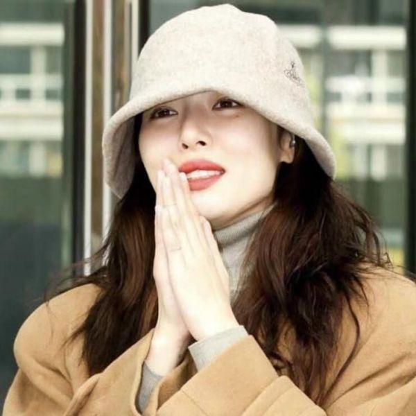 【超值預購】特價日本vivienne westwood 土星刺繡LOGO羊毛毛呢漁夫帽(售價已折) vivienne westwood,漁夫帽