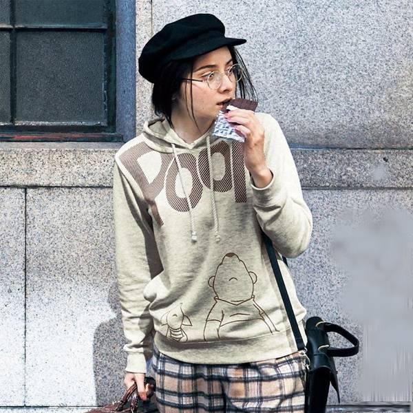 日本代購-特價迪士尼DISNEY 毛絨刷毛內裏 艾莉絲/米奇/熊抱哥 圓領長袖T恤(S-3L)(售價已折) 日本空運,東區時尚,T恤