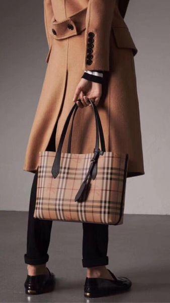 超值代購-BURBERRY兩面用大拖特包 (售價已折) Burberry,東區時尚,兩面用大拖特包
