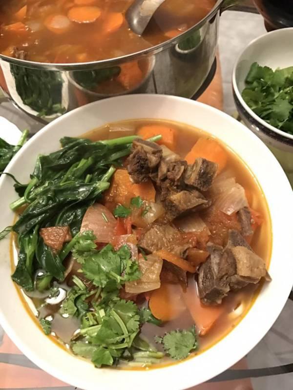 [料理交流] 蔥媽媽羊肉爐變身紅燒羊肉麵 蔥媽媽,團購美食,冬季鍋物