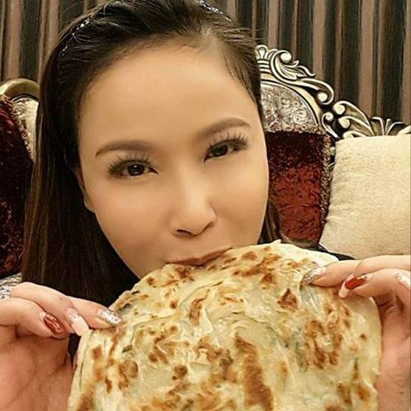 在網路上看到最近很夯、100%台灣製造的美食方便包 #蔥媽媽 手工蔥抓餅  岳虹
