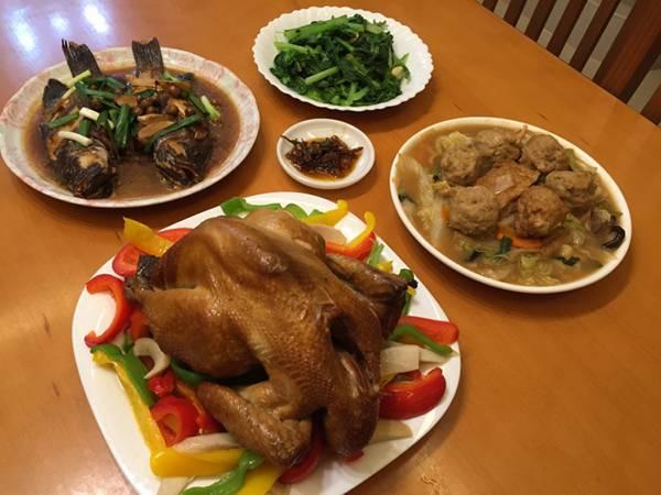 [料理交流] 宴客方便快速上桌-蔥媽媽年菜 蔥媽媽,年菜組合,網路團購美食