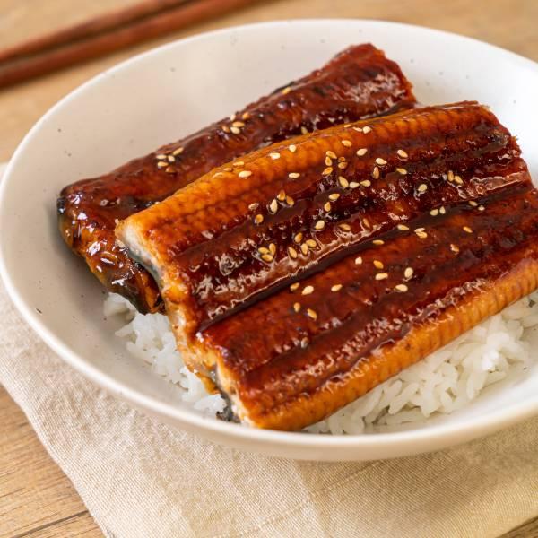 醬燒鰻魚蓋飯 蒲燒鰻,鰻魚,蓋飯,日式,丼飯,料理,食譜,厚切,天皇蒲燒鰻