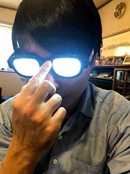 柯南同款 LED發光 中二眼鏡 名偵探柯南,柯南同款,LED發光眼鏡,中二病,中二眼鏡,搞笑,cosplay,柯南,LED發光,中二,眼鏡,道具,病嬌